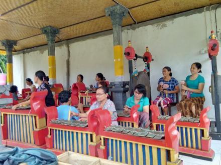 Persiapan Ibu PKK untuk Evaluasi Desa Terpadu