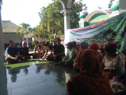 Mendampingi Dealer Maha Surya ke Masjid Nurul Amin