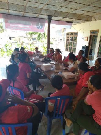 Rapat kegiatan untuk Hari Ibu